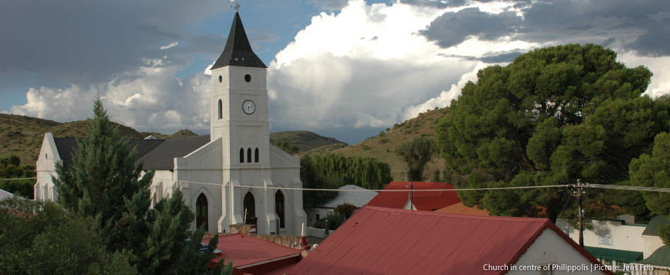 church-in-centre-of-philippolis